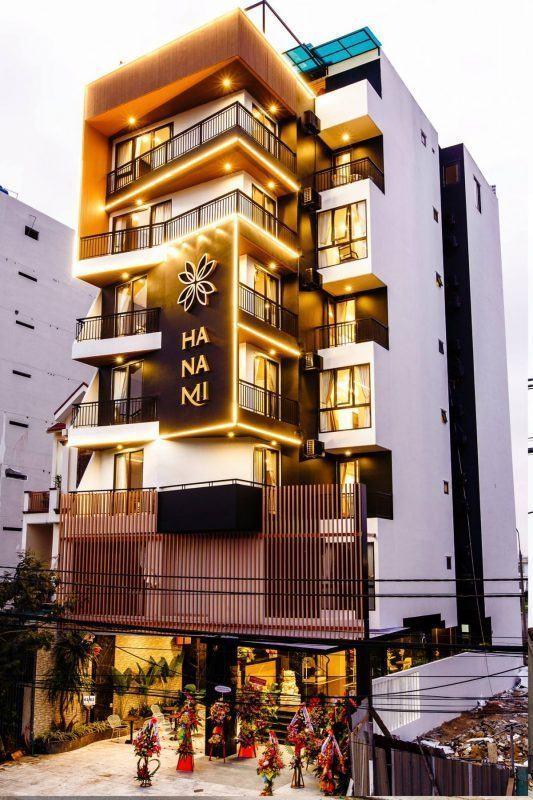 Hình ảnh mặt tiền khách sạn Hanami Đà Nẵng
