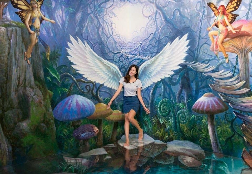 Bảo tàng 3D TrickEye Đà Nẵng và bạn gái xinh đẹp