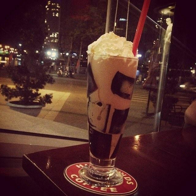 Cafe HighLand coffee Đà Nẵng ven sông Hàn