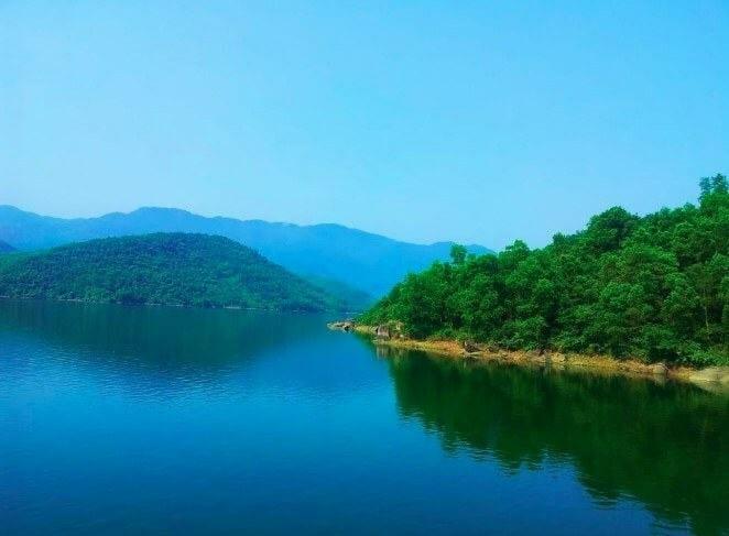 vẻ đẹp của Hồ đồng xanh đồng nghệ đà nẵng - địa điểm vui chơi đà nẵng mới lạ