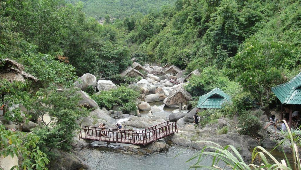 Khu du lịch sinh thái Ngầm Đôi đà nẵng