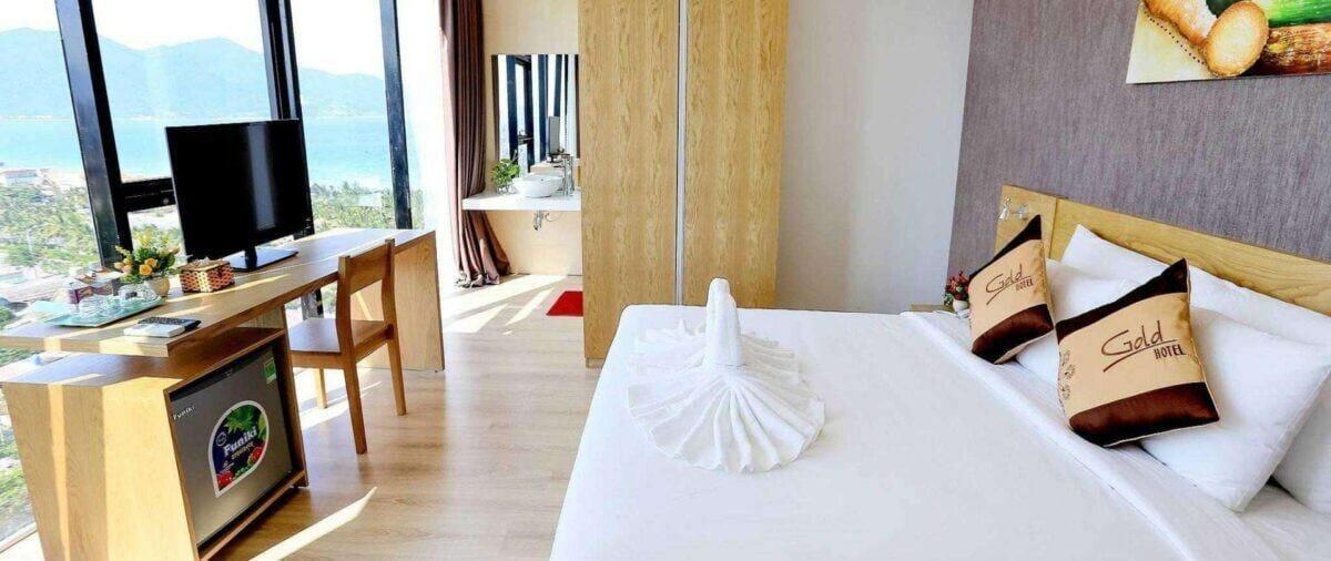 Khách sạn ven biển Gold III Đà Nẵng giá rẻ