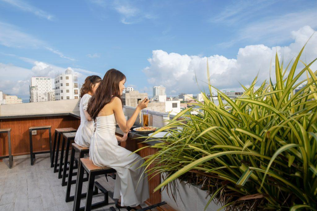 view đẹp ở khách sạn Hanami Đà Nẵng có căn hộ 1 phòng ngủ cho thuê giá ưu đãi
