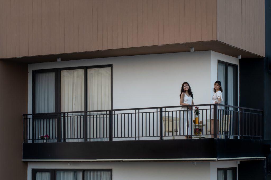 ban công của căn hộ 1 phòng ngủ cho thuê tại Hanami Đà Nẵng