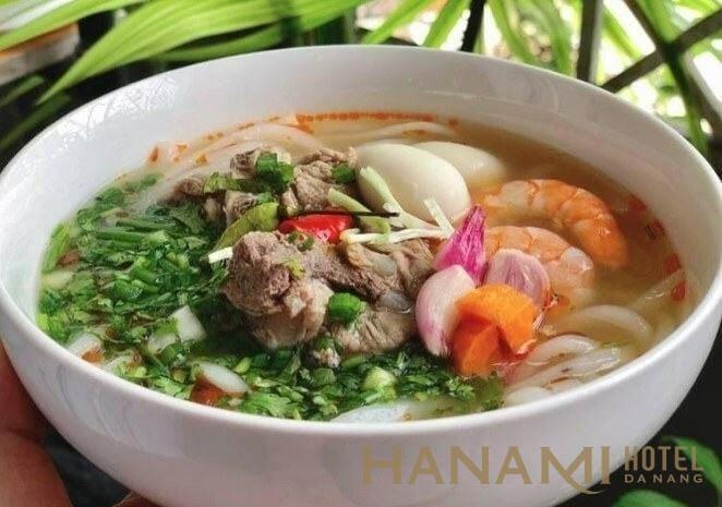 bánh canh bà Thu - Nguyễn Chí Thanh Đà Nẵng ngon quên lối về