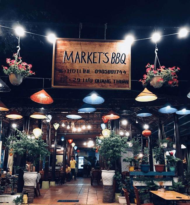 Mặt tiển cửa hàng thịt nướng Market BBQ