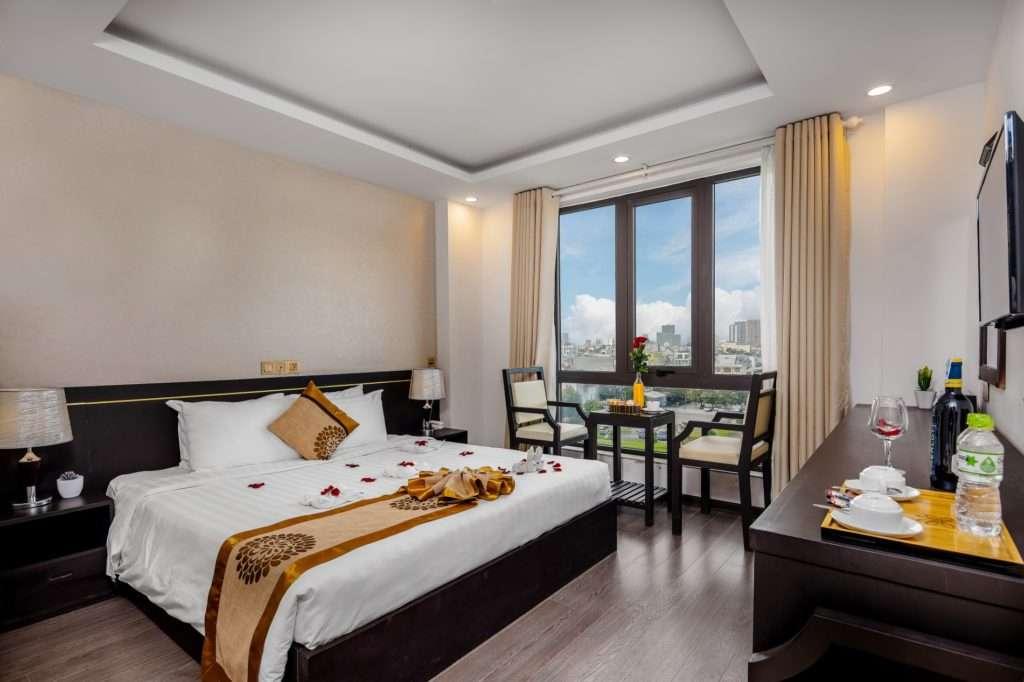 phòng khách sạn ven biển đà nẵng giá rẻ - Hanami Hotel Đà Nẵng