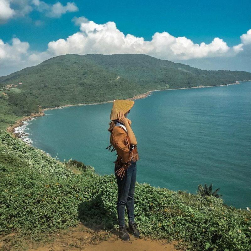 phong cảnh đường lên núi sơn trà