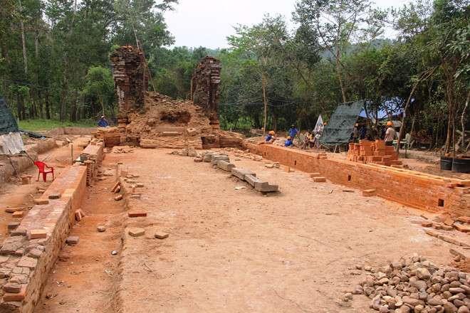 đường cổ ngàn năm ở thánh địa Mỹ Sơn quảng nam
