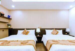 2 giường lớn cho 4 người du lịch Đà Nẵng