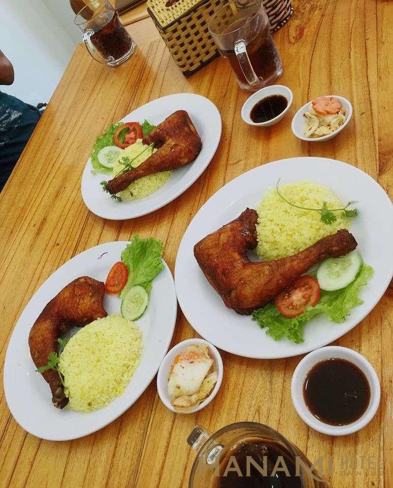 3 đĩa Cơm gà Tài Ký Đà Nẵng