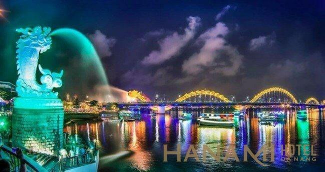 đi du thuyền trên sông Hàn ngắm cầu Rồng ở Đà Nẵng
