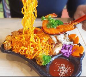 Sợ mì cay sasin Đà Nẵng